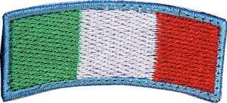 Toppa Italia ad arco bordo azzurro