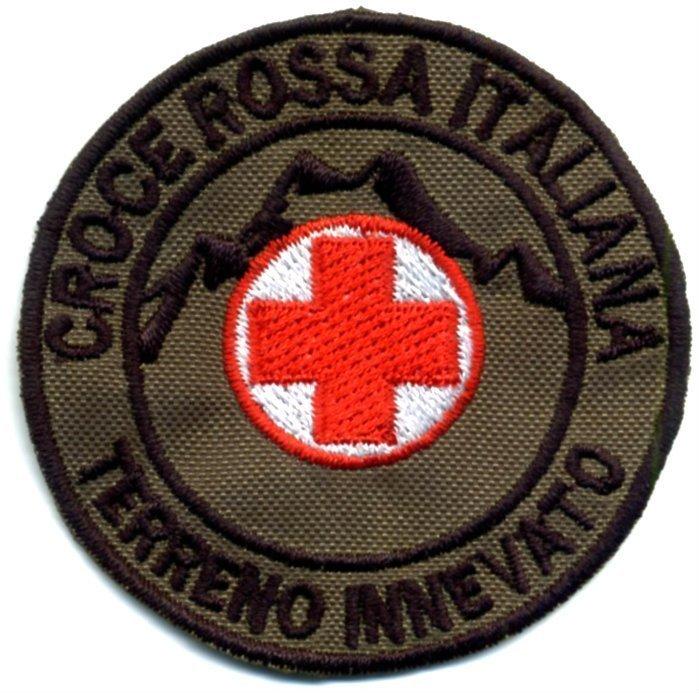 Toppa Operatore di Soccorso su terreno innevato per il corpo militare