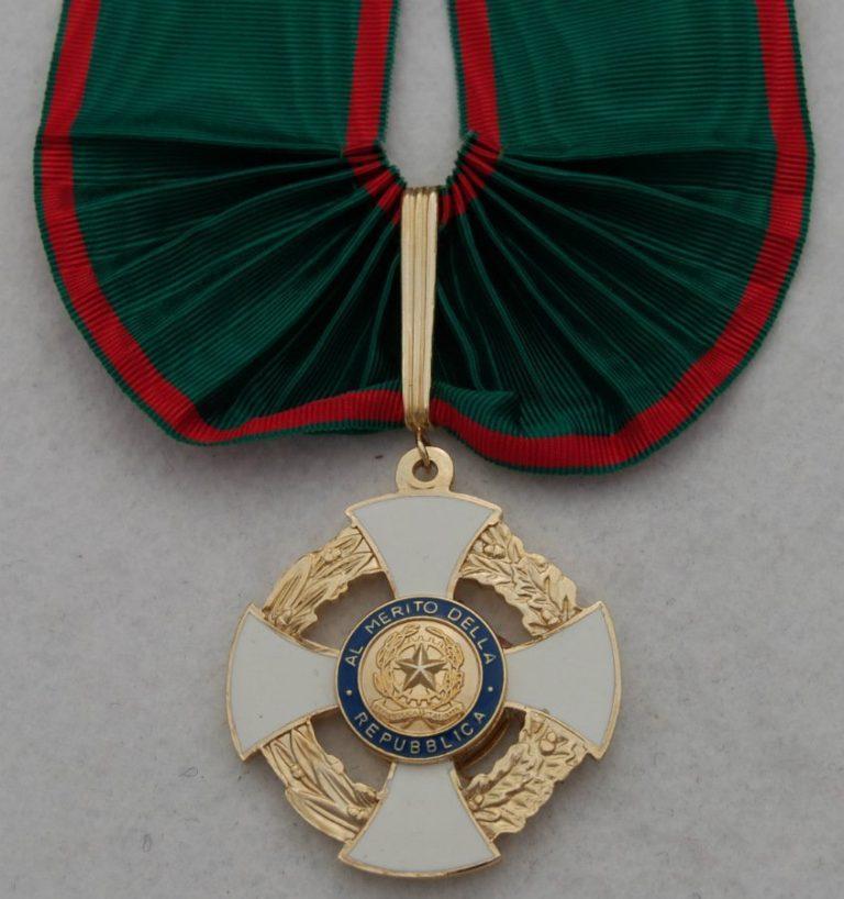 Set insegne Grande Ufficiale dell'Ordine al merito della Repubblica Italiana-13577