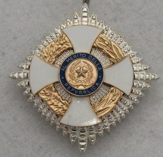 Set insegne Grande Ufficiale dell'Ordine al merito della Repubblica Italiana-13581